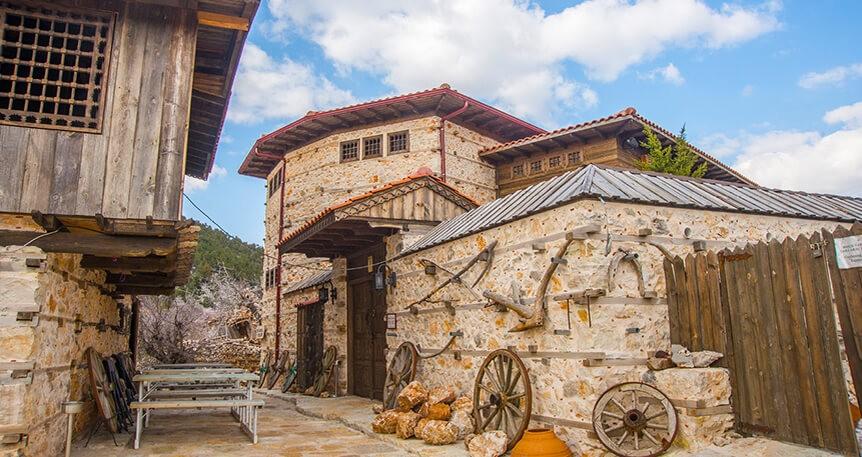 Antalya'da Düğmeli Evlerin Köyü İbradı Ormana Hakkında 7 Bilgi